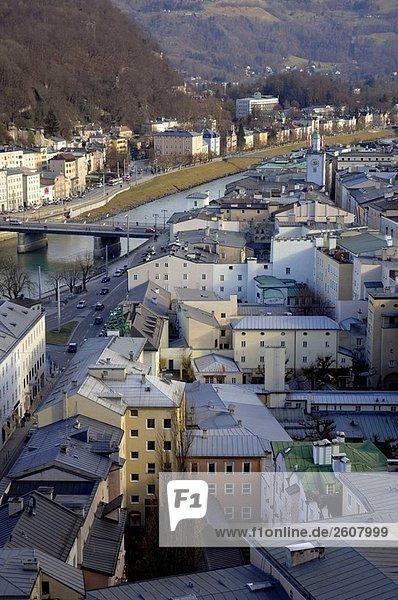 Ansicht von Salzburg aus der Mönschberg. Österreich