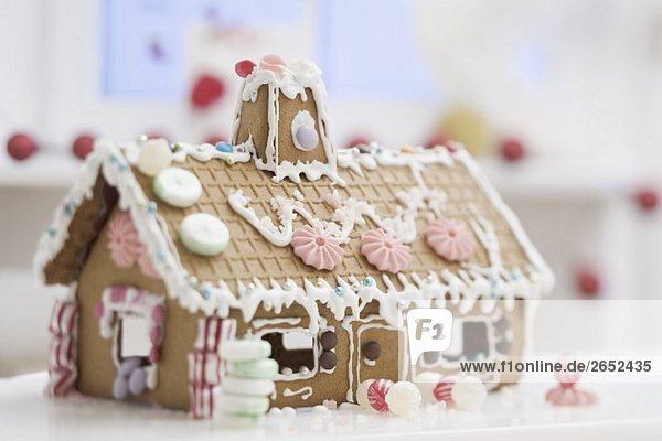 Verziertes Lebkuchenhaus Verziertes Lebkuchenhaus