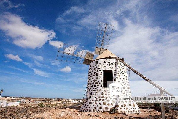 Spanien  Kanarische Inseln  Fuerteventura  Windmühle