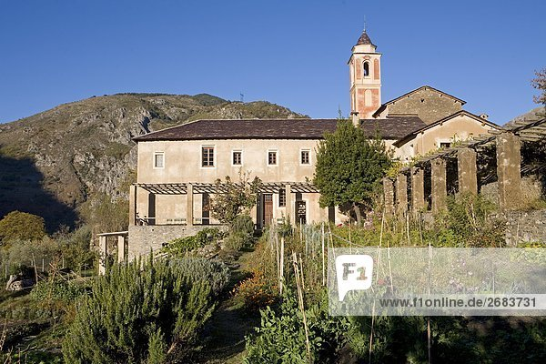 Fassade des Franziskaner-Kloster  Saorge  Roya Bevera Tal  Provence-Alpes-Côte d ' Azur  Frankreich