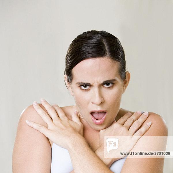Portrait einer jungen Frau die Brust