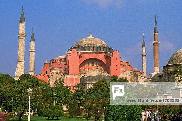 frontal Museum Garten Hagia Sophia Bosporus