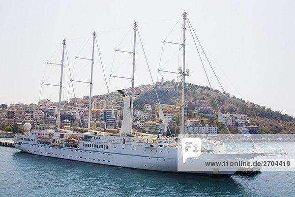 Segelschiff auf dem Execution Dock  Ephesus  Türkei