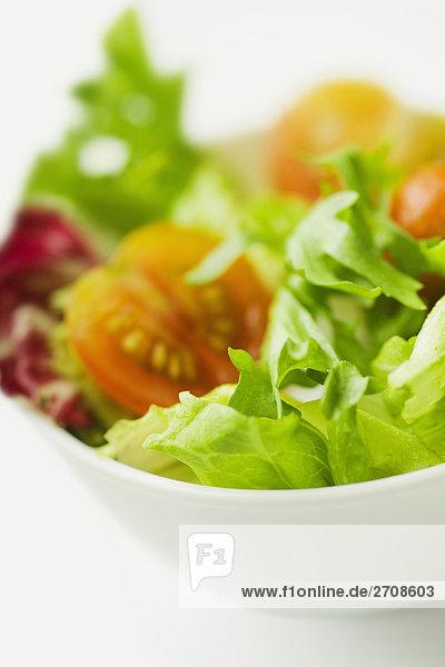 Nahaufnahme einer Schale Salat