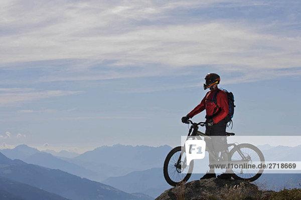 Mountainbiker im Blickfeld