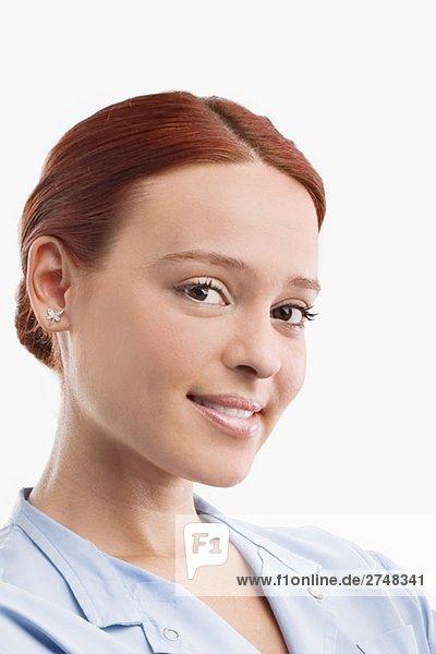 Porträt einer Ärztin lächelnd