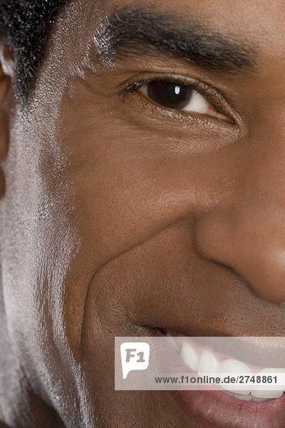 Porträt von einem Kaufmann lächelnd