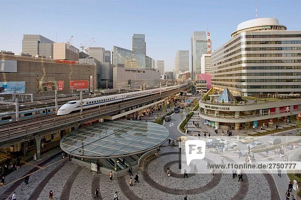 Japan-April 2008. Tokyo City. Ginza Bezirk. Yurakucho Statioln