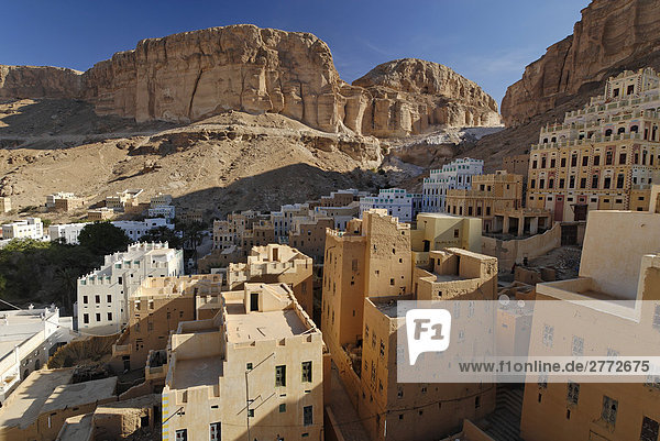 10850467,  Yemen,  Place Khaylla,  Khaylah,  wadi Doan,  wadi Hadramaut,  Arabia,  old,  Arabian,  architecture,  view,  building,  painted,  mountain,  mountains,  roof,  roofs,  Daw'an,  Dawan,  Do'an,  Dowan,  facade,  rock,  Hadhramaut,  Hadramawt,  house,  houses,  historical,  Islamic,  loam,  clay brick,  Middle East,  morning light,  palace,  place of interest,  stone,  stones,  valley,  tone,  clay,  traditional,  desert,  wild,  deserts, 10850467,  Yemen,  Place Khaylla,  Khaylah,  wadi Doan,  wadi Hadramaut,  Arabia,  old,  Arabian,  architecture,  view,  building,  painted,  mountain,  mountains,  roof,  roofs,  Daw'an,  Dawan,  Do'an,  Dowan,  facade,  rock,  Hadhramaut,  Hadramawt,  house,  houses,  historical,  Islamic,  loam,  clay brick,  Middle East,  morning light,  palace,  place of interest,  stone,  stones,  valley,  tone,  clay,  traditional,  desert,  wild,  deserts