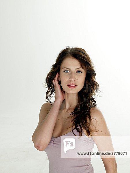 Frau mit dunkelrotem Haar