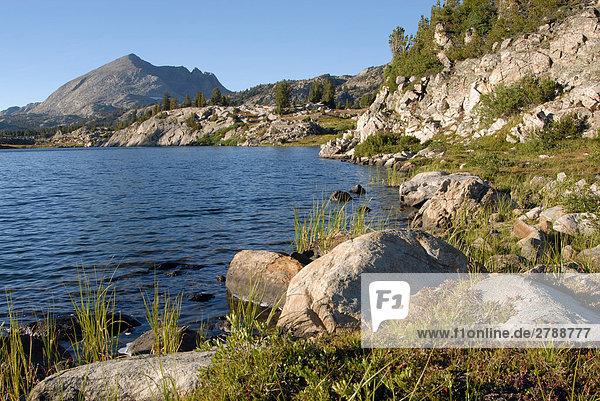 Fluss  der durch Landschaft  Wyoming  USA