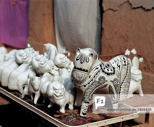 China  Provinz Shanxi  Clay Skulpturen von Pferden