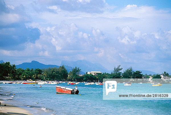 Boote von der Küste Mauritius