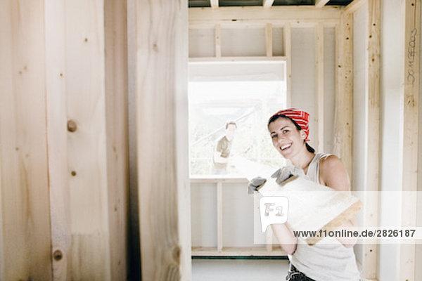 bauen tragen jung Holzplanke
