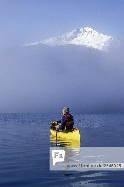 Yukons auf Bowron Lakes  British Columbia  Kanada.