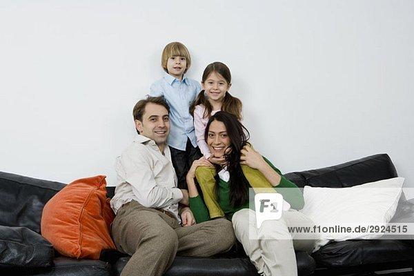 Porträt einer vierköpfigen Familie