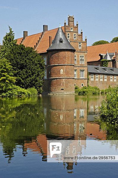 Schloss Herten  Ruhrgebiet  Nordrhein-Westfalen  NRW  Deutschland