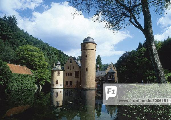 Wasserschloss Mespelbrunn  Bayern  Deutschland Wasserschloss Mespelbrunn, Bayern, Deutschland