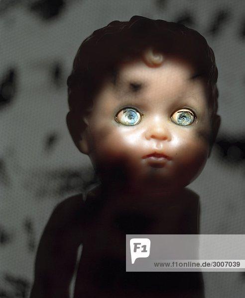 Doll mit beschädigt Augen