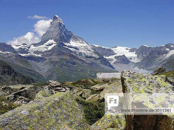 Matterhorn bei Zermatt  Wallis  Schweiz  Europa