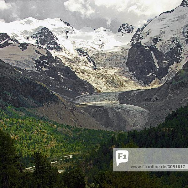 Schweiz  Alpen  Engadin  Bernina Col  Cambrena Gletscher