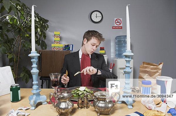 Prüfung Geschäftsmann Zeit Pause Mittagessen
