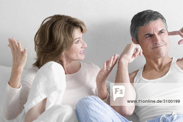 Frau Mann Konflikt Schlafzimmer