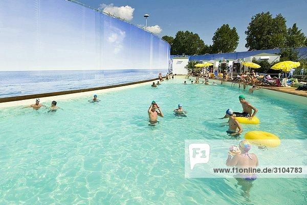 Italien  Lombardei  Mailand  das Mysland Schwimmbad