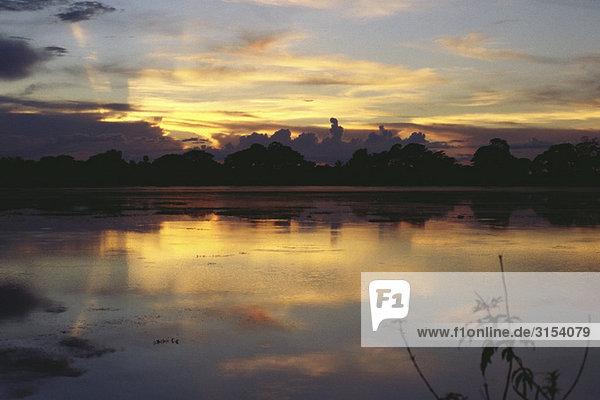 Myanmar (Burma)  Waterscape bei Sonnenuntergang