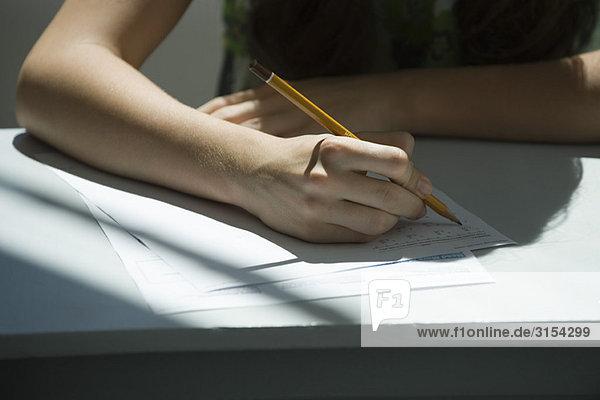 Schüler beim Mathe-Quiz  abgeschnitten