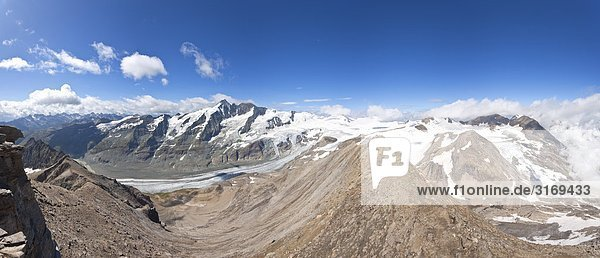 Blick auf Berge der Glocknergruppe  Kärnten  Österreich  Erhöhte Ansicht Blick auf Berge der Glocknergruppe, Kärnten, Österreich, Erhöhte Ansicht