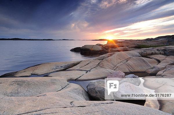 Sonnenuntergang an der Küste  Schweden.