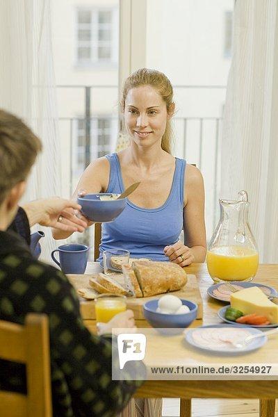Ein paar dem Frühstück  Schweden.