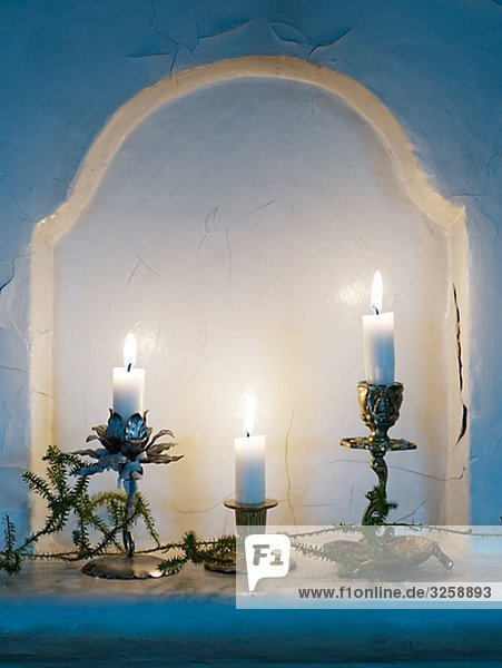 Drei Aufhellen Kerzen.