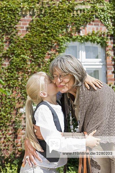Besuch der Großmutter