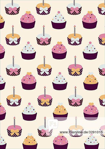 Muffins mit Geburtstagskerzen