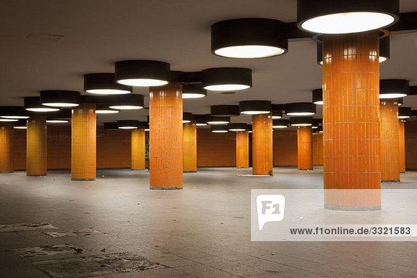 Ein freies Foyer der U-Bahn-Station