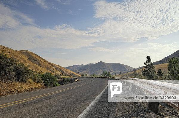 Curve in a road  Oregon