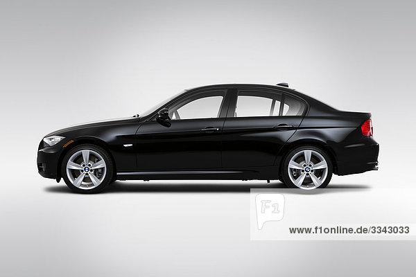 2010 BMW 3er 335i in schwarz - Treiber Seitenprofil