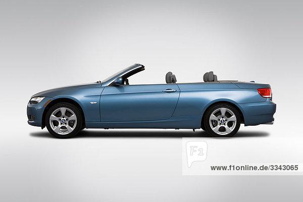 2010 BMW 3er 328i in blau - Treiber Seitenprofil