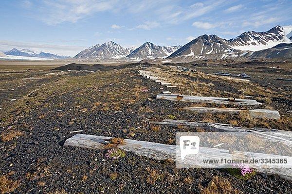 Verbleibenden Schiene zu einer alten Coalmine  Spitzbergen  Spitzbergen  Norwegen.
