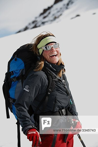 Ein lächelnd Skifahrer  Abisko  Lappland  Schweden.