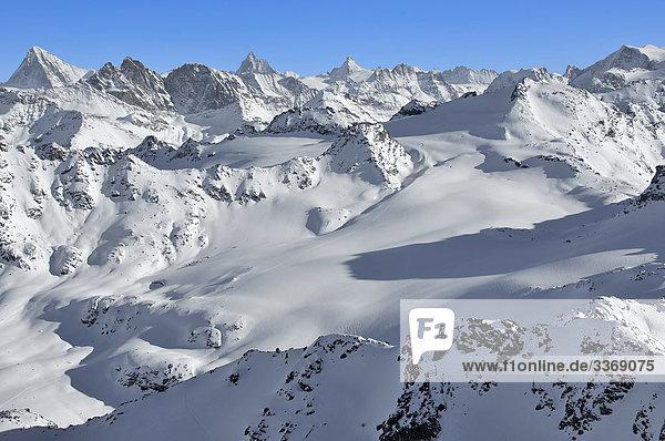 vertikal  steil  Eringer Schweiz  Wallis  Schweiz  Schnee  Burr  Rock  Klippe  Gipfel  Peak  Berge  Wildnis  Matterhorn  Blanche ein  Dents Eringer  Rosablanche  winter