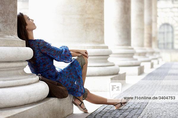 Portrait einer jungen Frau entspannenden