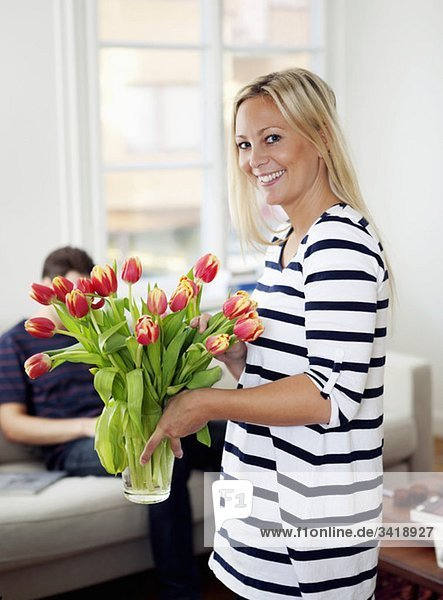 Frau mit Blumen Frau mit Blumen