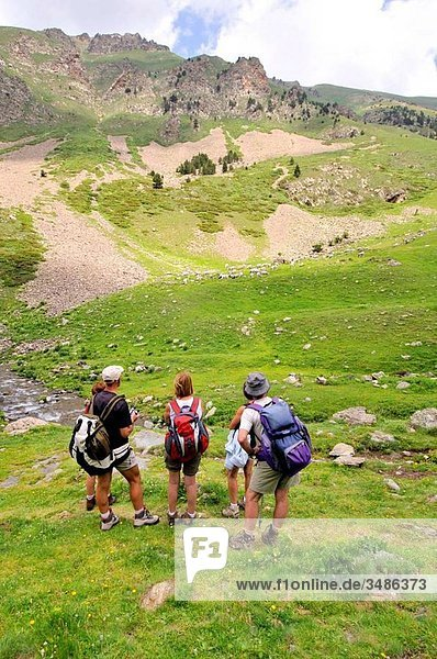 Hikers in Eyne valley. Languedoc-Roussillon  Pyrenees-Orientales  France