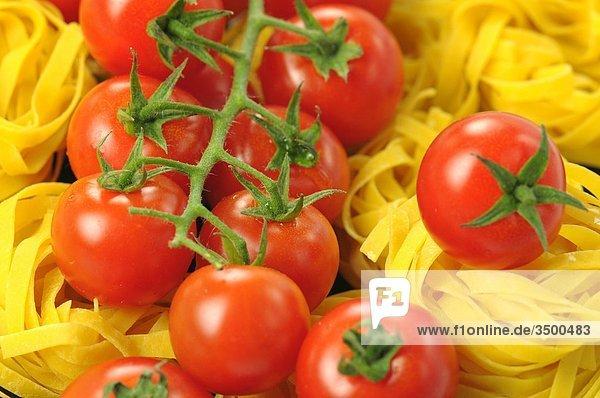 Tagliatelle mit Cherry-Tomaten