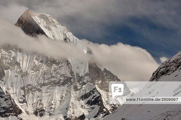 Machhapuchhre 6997 m  Annapurna region Nepal