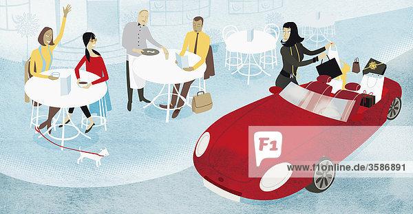 Frau mit Kabrio und Einkaufstaschen geht in ein Café