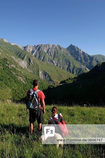 Alps - Europe - 73 Savoie - France - Dog - Rhone-Alpes - Les 3 Vallees - Trois Vallees - Rhone Alpes - Vallee de Belleville - Les Encombres - Les Trois Vallees